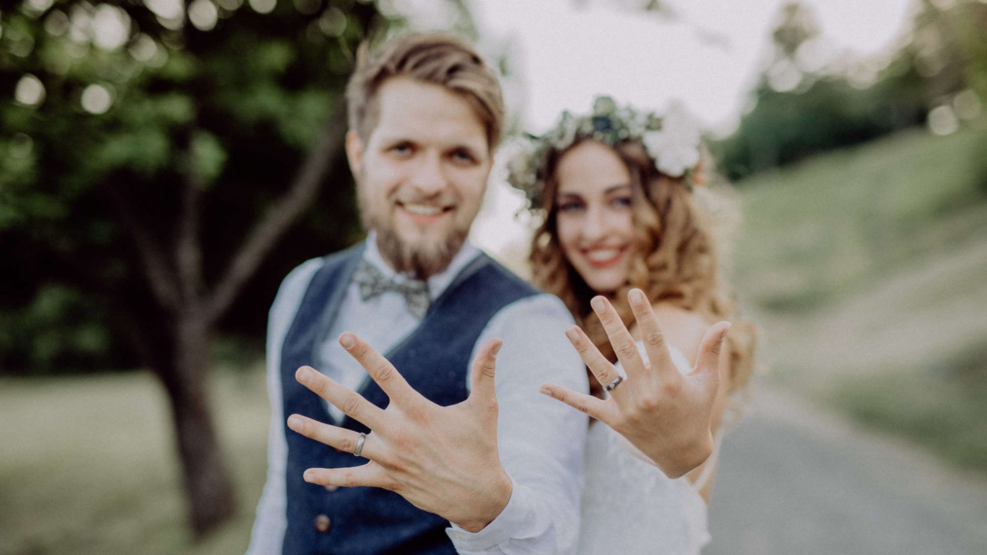 Eine Telefonkonferenz rettet Hochzeit