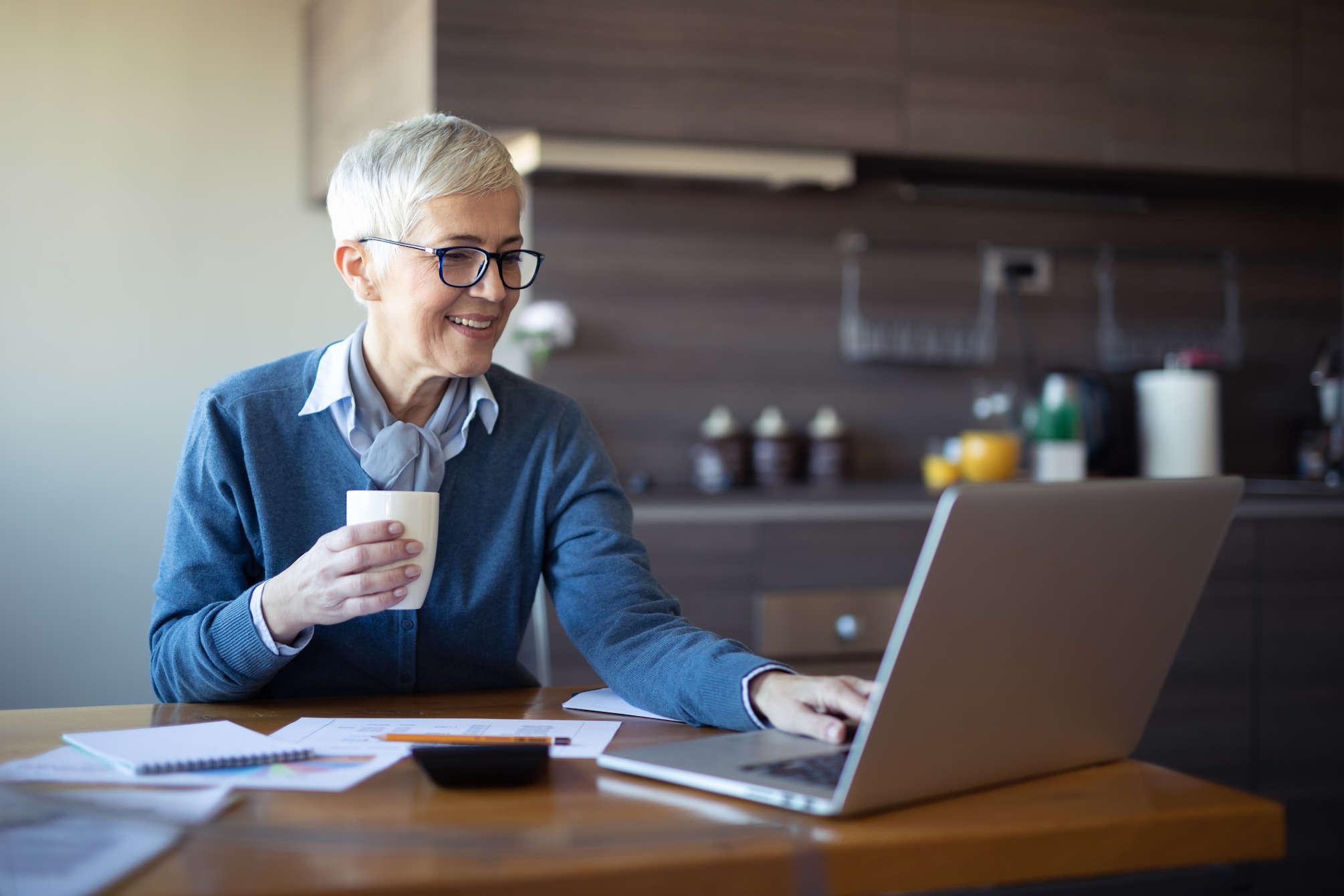 Homeoffice-Arbeitsplätze mit Telefonkonferenzen vernetzen